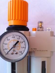 Zbliżenie stacji przygotowania powietrza z serii AGD-F